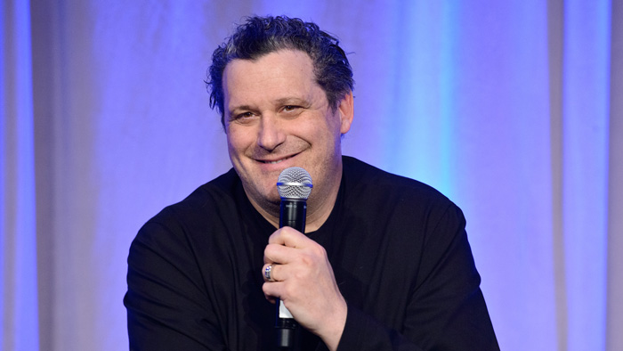 Isaac Mizrahi talks creativity, fashion, Judaism—and gardenias—at Women's Division's Spring Event