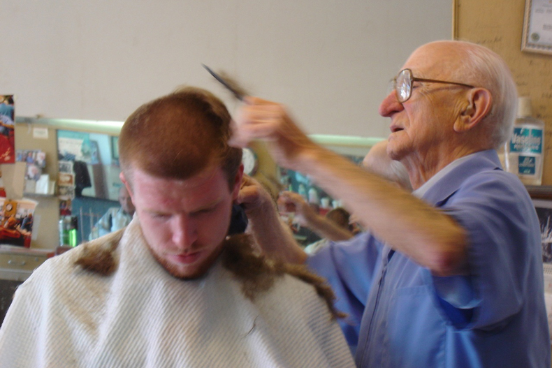 Holocaust survivor Ben the Barber retires at age 96 photo 1 image