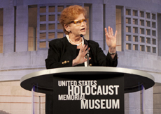 deborah lipstadt denying the holocaust pdf